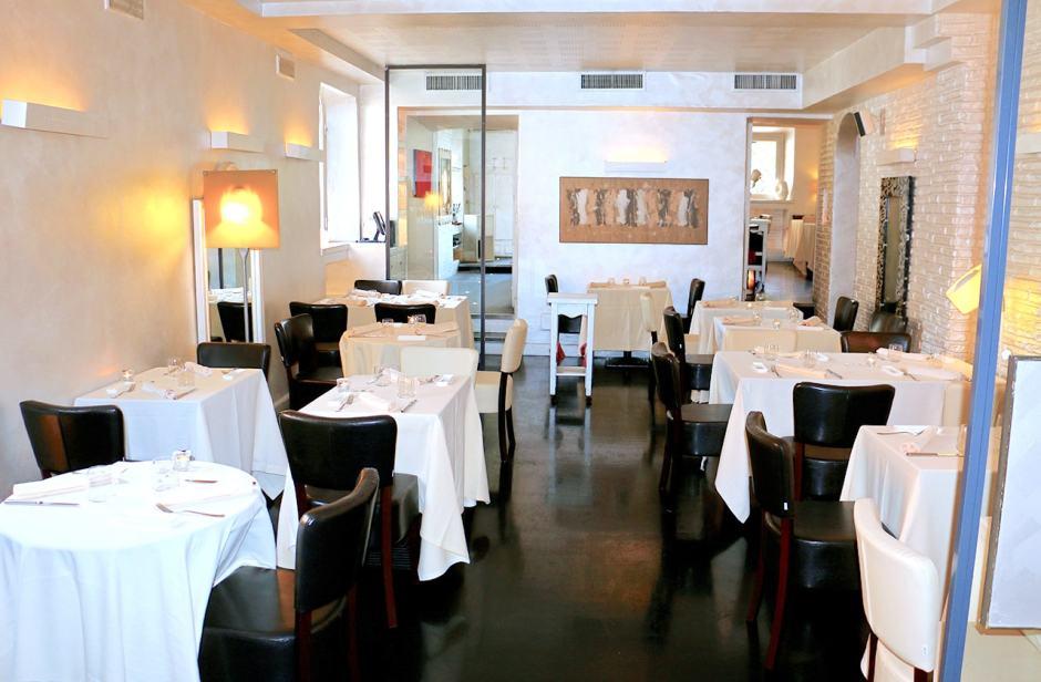 ristorante-antico-arco-interno.jpg